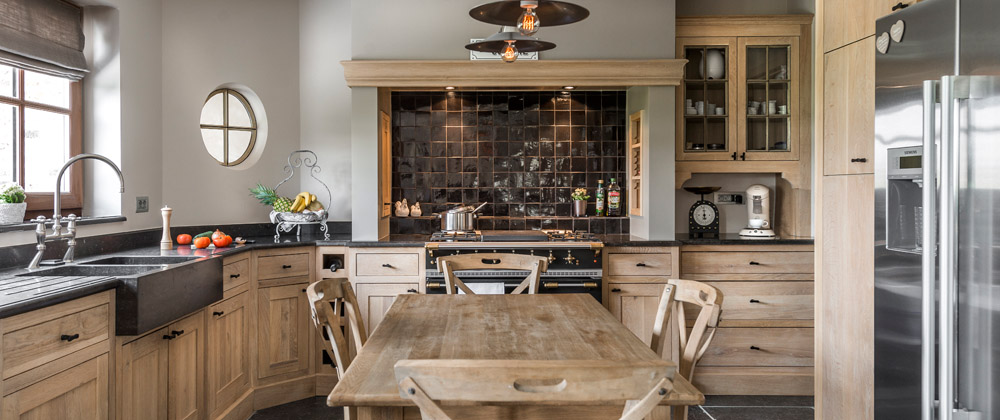 k chen belgien tische f r die k che. Black Bedroom Furniture Sets. Home Design Ideas